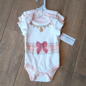 Mini Muffin 3 pack Bodysuit 3-6month New with Tags